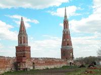 Ограда и башенки